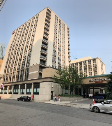 Courtyard by Marriott Toronto Downtown (1)