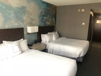 Courtyard by Marriott Toronto Downtown (9)