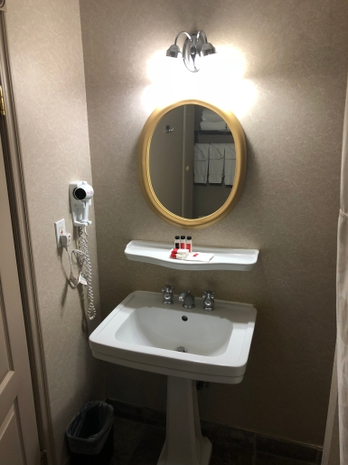 Ramada Limited Vancouver Downtown (13)